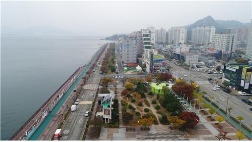 목포 명물 평화광장이 '맛의 거리'로 태어난다