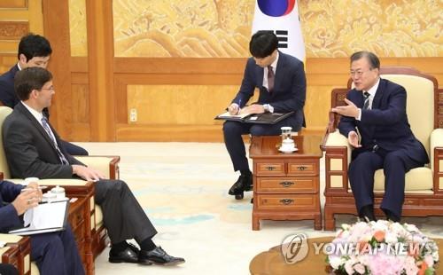 الرئيس مون يجتمع مع وزير الدفاع الأمريكي - 1