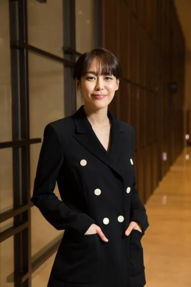 "In this photo provided by OCN, actress Lee Ha-na, star of TV crime series ""Voice"" poses for a photo at the Stanford Hotel in western Seoul on Feb. 15, 2017. (Yonhap)"