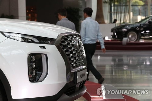 (2nd LD) Hyundai Q2 net jumps 23 pct on weak currency, new models