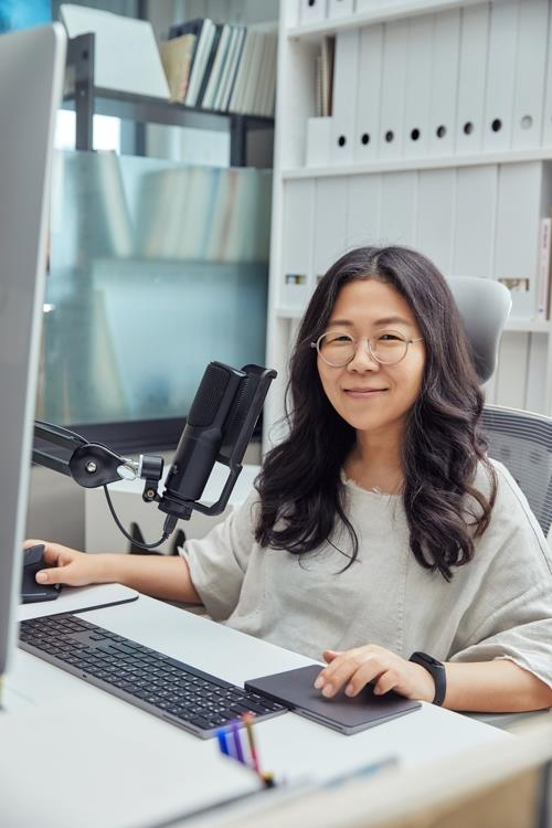 (Yonhap Interview) Star cartoonist Chon Kye-young comes back with Netflix drama