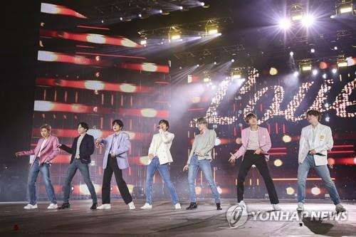 "This undated photo of BTS during the final leg of its ""Love Yourself: Speak Yourself"" world tour is provided by Big Hit Entertainment. (PHOTO NOT FOR SALE) (Yonhap)"
