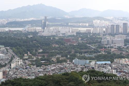 This file photo, taken Aug. 31, 2020, shows the U.S. Forces Korea's Yongsan Garrison in central Seoul. (Yonhap)