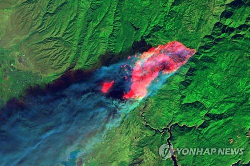 랜드샛 위성에서 본 캘리포니아 산불