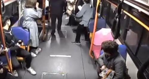 승객 쓰러진 창원 시내버스 CCTV