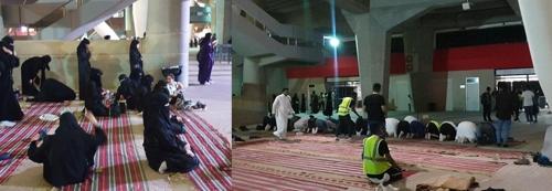 (리야드=연합뉴스) 이은정 기자 = 살라 시간, 공연장에 마련된 카페트에서 기도하는 남녀 관객들.