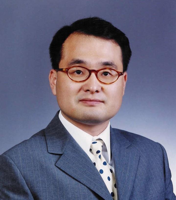 이정우 서울대 교수