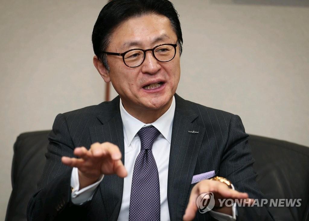 연합뉴스와 인터뷰하는 유상호 한국투자증권 사장