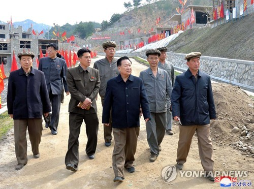 Choe Ryong-hae inspects hot spring tourist area under construction