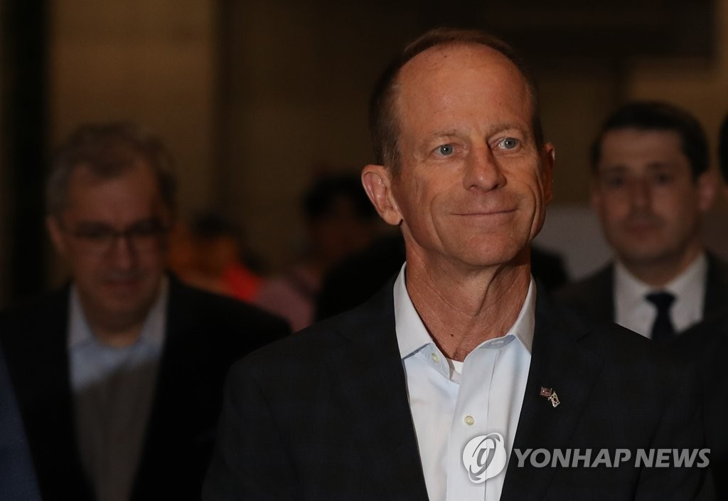 David Stilwell, assistant secretary of state for East Asian and Pacific affairs, arrives at Incheon International Airport, west of Seoul, on July 16, 2019. (Yonhap)