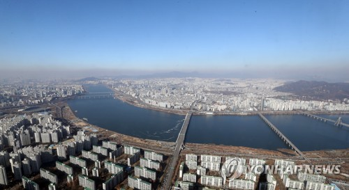 Clear skies over Seoul