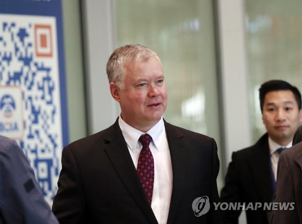 U.S. Deputy Secretary of State Stephen Biegun is shown in this file photo arriving at the Beijing Capital International Airport on Dec. 19, 2019. (Yonhap)