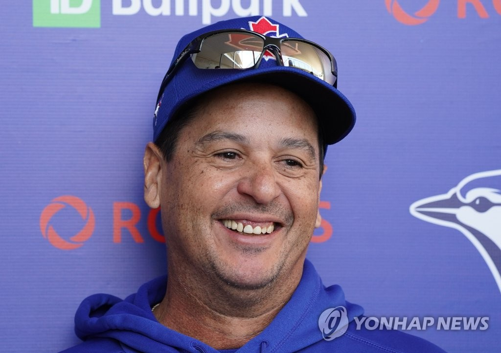 Toronto Blue Jays manager Charlie Montoyo smiles while speaking to the media at TD Ballpark in Dunedin, Florida, on Feb. 15, 2020. (Yonhap)