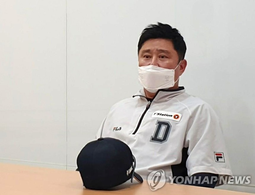Doosan Bears' manager Kim Tae-hyoung speaks to reporters before a Korea Baseball Organization regular season game against the Hanwha Eagles at Jamsil Baseball Stadium in Seoul on July 3, 2020. (Yonhap)