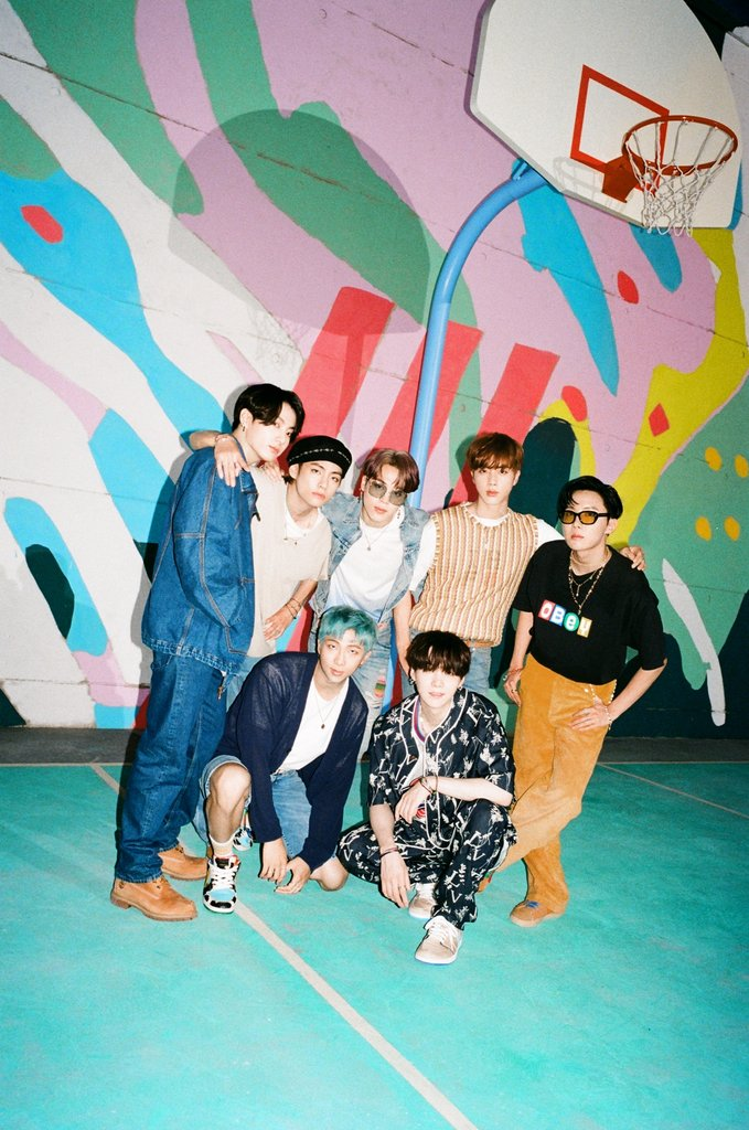 "This photo, released by Big Hit Entertainment on Aug. 21, 2020, shows a teaser for global K-pop band BTS' new song ""Dynamite."" (PHOTO NOT FOR SALE) (Yonhap)"