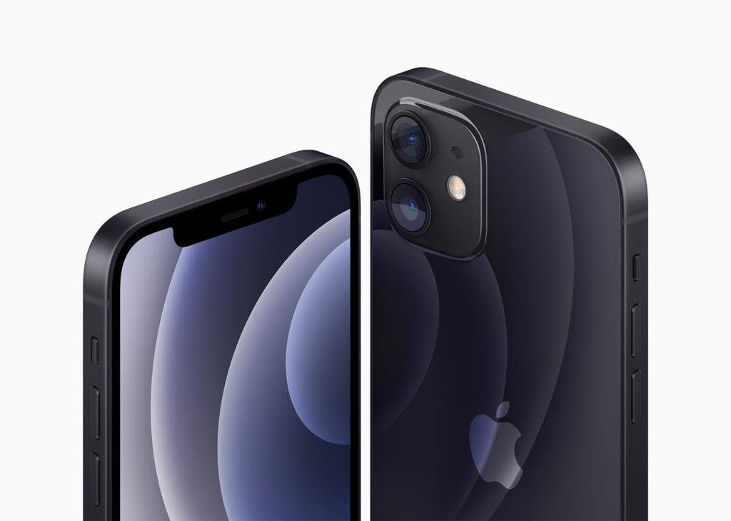 This photo provided by Apple Inc. on Oct. 13, 2020, shows the company's iPhone 12 and iPhone 12 Mini smartphone. (PHOTO NOT FOR SALE) (Yonhap)