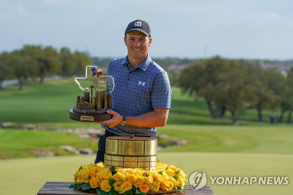 '황금 소년의 귀환'스파이, 3 년 9 개월 만에 PGA 투어 우승 (총)