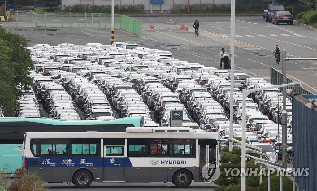 현대차, 차량용 반도체 부족에 일부 공장 휴업